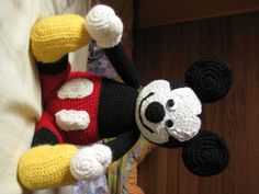crochet mickey mouse
