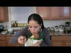 Linguine with Clams & White Wine Sauce Recipe - Laura in the Kitchen - Internet Cooking Show Starring Laura Vitale Seafood Stew, Fresh Seafood, Seafood Dishes, Linguine And Clams, The Kitchen Episodes, Clam Sauce, Complete Recipe, Wine Sauce, Food To Go