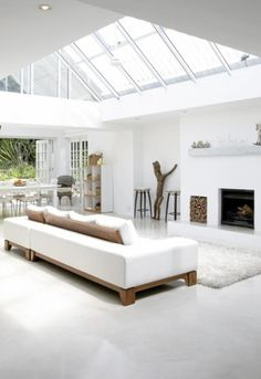 Stunning skylight for year-round light - note the flow right through to the outdoors (in background)