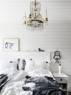 Made in persbo Scandinavian Home, Cozy Bedroom, Home Collections, Shabby, Chandelier, Ceiling Lights, Interior, How To Make, Inspiration