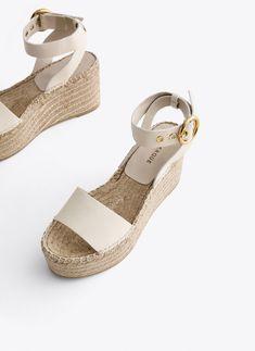 Rope Sandals, Shoes Sandals, Jute, Beige, Platform Wedge Sandals, Business Casual Outfits, Pumps, Heels, Man