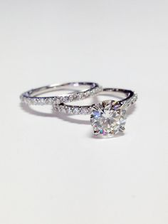 1.00CT Diamond Round Brilliant Solitare Engagement by FineJewlers