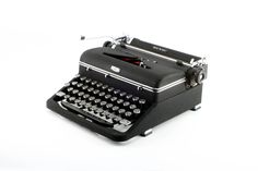Black Royal Quiet De Luxe Manual Typewriter - Reconditioned and Working Vintage Typewriter - Elite Typeface - Nearly Flawless Condition by MahoganyRhino on Etsy