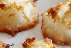 4 Ingredient Coconut Macaroons
