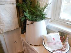 Evelyn and Rose: Cozy Christmas Kitchen