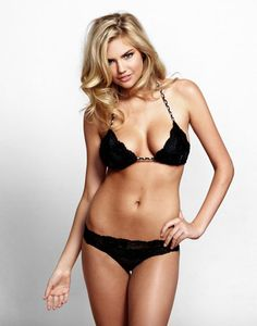 Have yet to meet a guy who didn't think Kate Upton was amazingly hot. And check it out, SHE HAS SOME HIPS!