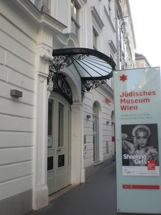 """Until march 3d the Jewish Museum - Palais Eskeles presents the exhibition """"Vienna's Shooting Girls - jewish female photographers from Vienna"""". The pictures should take a look at modern image of women in the first half of the twentieth century. As a blogger I'm especially interested in this exhibition: How the image of women has moved? What has been en vogue in that time? How do the analogue black & white pictures look compared to current digital & retouched pictures? Black And White Pictures, My Black, Jewish Museum, Female Photographers, Female Images, Vienna, Austria, March, Presents"""