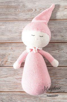 Kuscheltiere - Szydełkowy pajacyk spioch - ein Designerstück von Mayalove- bei DaWanda Crochet Toys, Crafts To Make, Hello Kitty, Etsy, Handmade, Character, Decor, Art, Cuddling