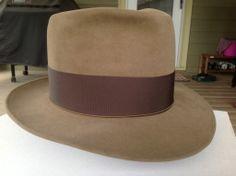 Fedora Hats, Men's Hats, Mens Dress Hats, Western Cowboy Hats, Life Styles, Fedoras, Turbans, Vintage Hats, Headgear