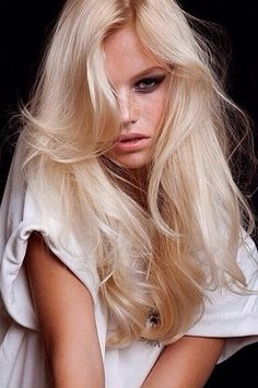 13 Trendy light to dark Blonde Hair Color ideas for Summer/Spring.Warm to rich,ash to honey blond shades,latest hues,tones for blondes. Light Blonde Hair, Platinum Blonde Hair, Pale Skin Blonde Hair, Yellow Blonde Hair, Baby Blonde Hair, Bright Blonde, Soft Hair, Pastel Hair, Blonde Color