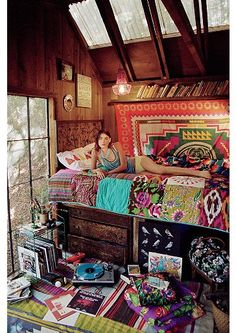 I need to loft my room… obviously with gypsy prints galore