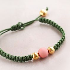 d39345b0991e Cheerful bracelets with acrylic beads and DQ metal Pulseras Artesanales