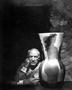 Yousuf Karsh, photographer, portrait of Pablo Picasso via G. Pablo Picasso, Kunst Picasso, Art Picasso, Picasso Portraits, Famous Photographers, Portrait Photographers, Claude Monet, Yousuf Karsh, Cubist Movement