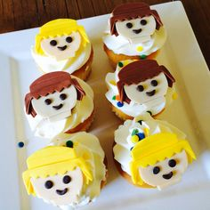 Playmobil cupcakes Cupcake Cookies, Cupcakes, Minis, Summer Cookies, Party Treats, 4th Birthday Parties, Food Humor, Kid Friendly Meals, Fondant Cakes