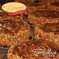 Torta Integral: Banana fresca, aveia integral, açúcar mascavo e cereais. #love #DiNorma #cake #curta #siga e #compartilhe