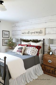 Wonderful Christmas bedroom styling – gray flannel sheets, red plaid pillowcases, tabletop trees, and a glass bowl with old ornaments. The post Christmas bedroom styling – gray flannel sheets, . Farmhouse Style Bedrooms, Farmhouse Bedroom Decor, Farmhouse Christmas Decor, Home Bedroom, Modern Bedroom, Bedroom Ideas, Farmhouse Design, Master Bedrooms, Farmhouse Ideas