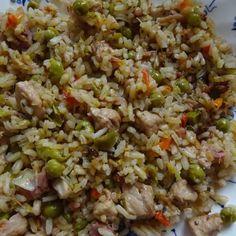 Naan, Fried Rice, Fries, Ethnic Recipes, Food, Essen, Nasi Goreng, Yemek, Stir Fry Rice