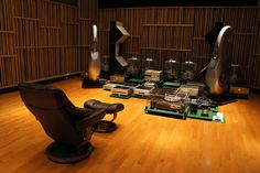 Mono and Stereo High-End Audio Magazine: AC2 Japan top end audio room