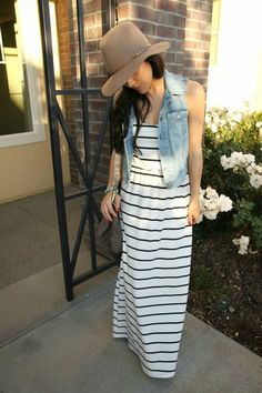 maxi dress and jean vest. Minus the hat Casual Dresses, Casual Outfits, Cute Outfits, Fashion Outfits, Fashion Fashion, Dress Fashion, Fashion Clothes, Trendy Fashion, Fashion Tips