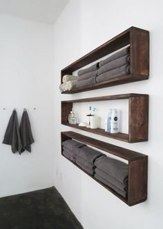 Who need extra storage? Everyone, I guess. So I made those wall shelves to organize the bathroom ...but you can use them in any room! The...