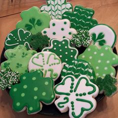 #tb to the 2nd set of cookies I ever did. Happy St. Patrick's Day! Link to my shop is in my profile. www.SinfulCutters.com #SinfulCutters #royalbluecutters #SinfulDecadence #sugarcookies #cookies #customcookies #edibleart #royalicing #sugarart #photooftheday #customsugarcookies #cookieart #cookiesofinstagram #decoratedcookies #food #instacookie #addictedtodecoratingcookies #3Dcookiecutters #cutter #cookiecutters #cookiecutter #customcutters #thebestcutters #instagood #love #stpatricks...