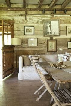 Tennessee cabin chic - this is my perfect home!