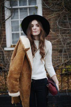 (Hat: ASOS, Jumper: H&M, Jacket: Vintage, Jeans: Boden, Belt: Vintage, Boots: Zara, Bag: Baia)...