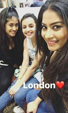 Beautiful ladies ❤ Shivangi Joshi shrenu parikh and Krishna mujharji ❤