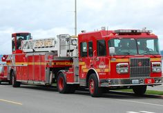 City of Seattle Fire Department, Hook and Ladder. Always wanted to drive a tiller. Fire Dept, Fire Department, Cool Fire, Purple Fire, Fire Equipment, Rescue Vehicles, Truck Engine, Fire Apparatus, Emergency Vehicles
