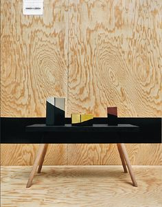"""Tisch """" Strich in der Landschaft"""" aus CUT #10. Die Anleitung zum Nachmachen findet  ihr im Heft ;)"""