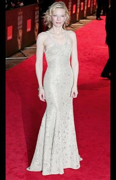 Cate Blanchett nailed vintage Hollywood style in 2005 when she hit the red carpet wearing this silver embroidered Georgio Armani dress.