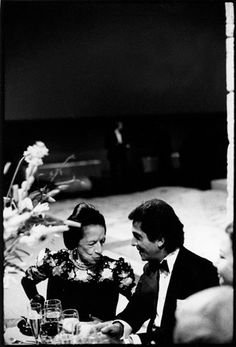 Diana Vreeland and Valentino, 1982, photographed by Arthur Elgort