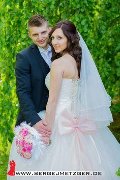 Foto- und Videoaufnahmen Ihrer Hochzeit. Weitere Beispiele, freie Termine und Preise finden Sie hier: www.sergejmetzger.de 26
