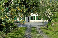 Elegant Vacation Villa for Rent in Lucca, Tuscany | Italy Vacation Villas