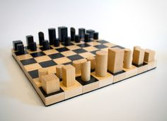 Diy Chess Set, Chess Set Unique, Chess Strategies, Wood Games, Chess Pieces, Diy Games, Wood Toys, Art Object, Deco