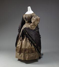 Dress    1832-1835    The Metropolitan Museum of Art
