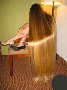 Extremely Long Hair...WOW...a bit to long for me but very pretty :)
