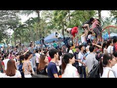 Tin Tức 24H| Đua nhau trèo rào vào công viên nước Hồ Tây (Hà Nội)  !