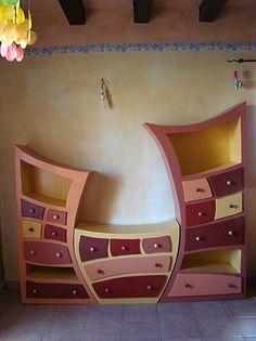 Un tryptique d'armoires