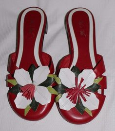 91f429f772b8 Vis a Vie Leather Red Vintage Sandals Flower Motif Mules Size 8M