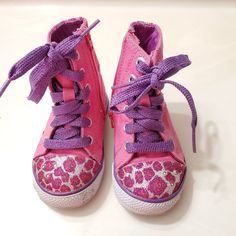 Skechers twinkle toes light up sneakers Light Up Sneakers, Baby Sneakers, Baby Shoes, Purple Canvas, Twinkle Twinkle, Skechers, High Tops, Lace Up, Pink