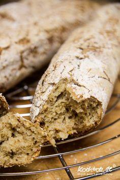 quinoa-sauerteigbrot-glutenfrei-rezept-kochtrotz-1-28 Gluten Free Baking, Gluten Free Recipes, Vegan Recipes, Cooking Recipes, Easy Healthy Recipes, Baby Food Recipes, Bread Recipes, Baguette, Seed Bread