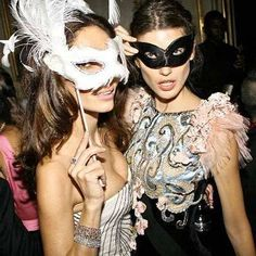 You'll have seen our lovely masks in Fifty Shades Darker, Strictly and Vogue. The masks of choice for stylists, photographers and the mask company of choice for those in the know. A proudly British company sending masks all around the world to all the best Masked Balls and parties www.samanthapeach.com