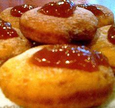 Érdemes eleve dupla adagot készíteni, mert nagyon finom. Homemade Sweets, Pretzel Bites, Baked Potato, Donuts, French Toast, Muffin, Food And Drink, Bread, Cookies