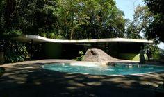 KVMDlivespaces+design: Casa das Canoas, por Oscar Niemeyer