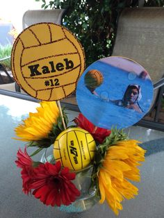 Water polo centerpiece Water Polo Suits, Men's Water Polo, Basketball Gifts, Sports Gifts, Coach Gifts, Team Gifts, Outdoor Graduation Parties, Graduation Ideas, Volleyball Party