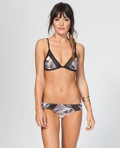674172a6c257a PALM ISLAND FIXED TRI BIKINI TOP