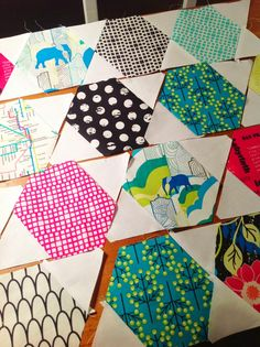 Jaybird Quilts, Patchwork Quilting, Scrappy Quilts, Amish Quilts, Hexagon Quilt Pattern, Quilt Block Patterns, Quilt Blocks, Hexagon Quilting, Hand Quilting