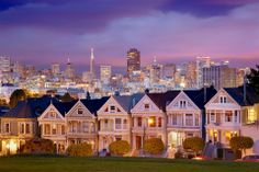 a view on san francisco. i could be just me but this reminds me of full house :)