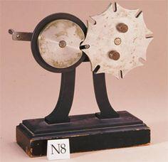K-MODDL > Tutorials > N08. Geneva Wheel